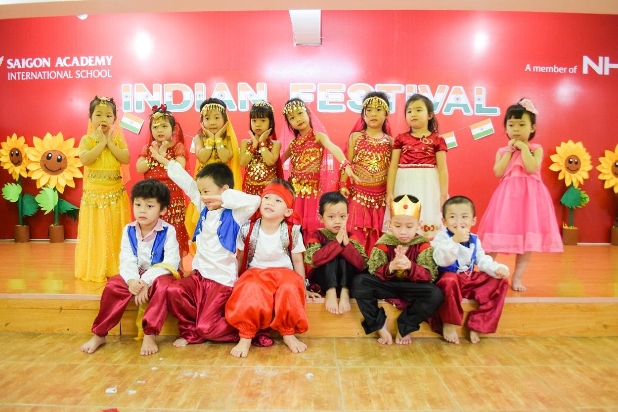 11 11 dsc 0520 1 Không khí lễ hội văn hóa Ấn Độ náo nhiệt tại SGA Trần Nhật Duật