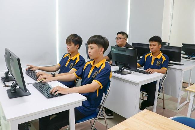 2 14 Trường Đại học Gia Định tuyển sinh 45 ngành và chuyên ngành