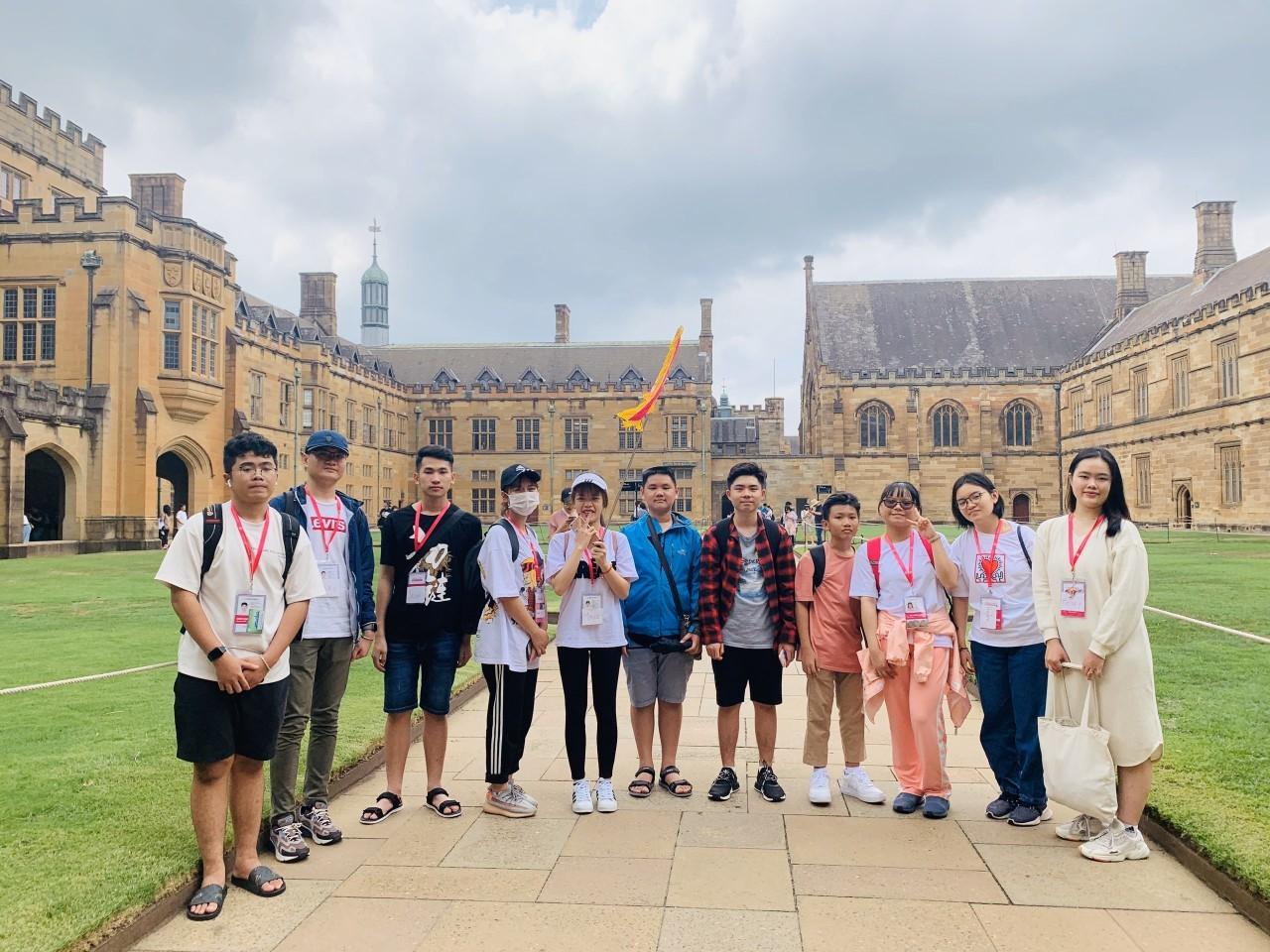 29 21 doan hoc sinh istudent tham quan dh sydney trong khuon kho chuong trinh du hoc tet 2020 1 iStudent đưa học sinh du học Úc vùng Regional