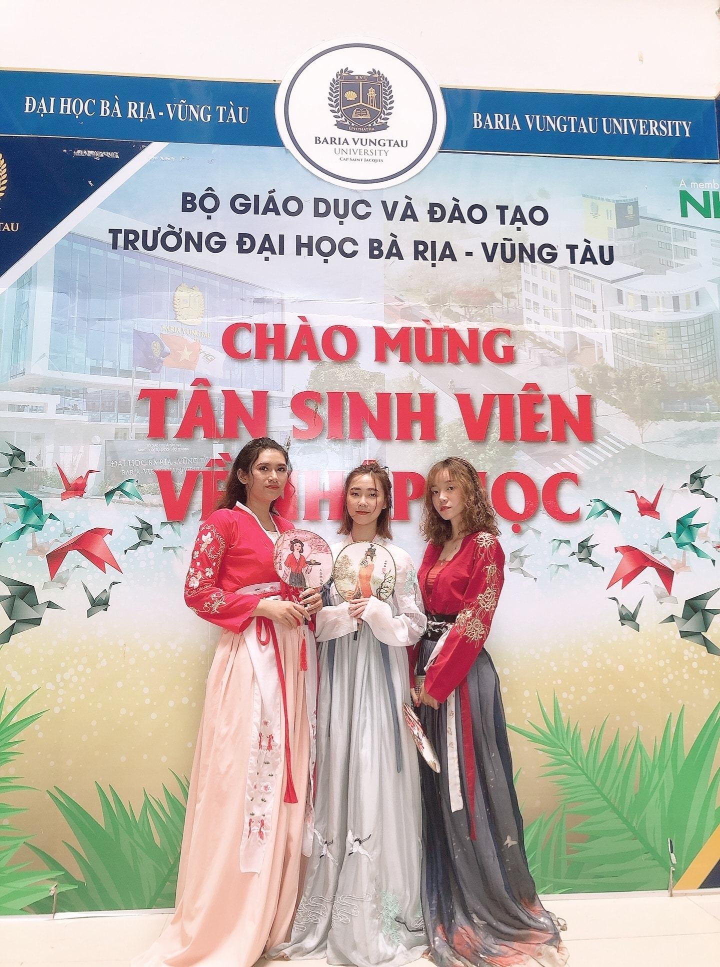 37 25 bvu ngon ngu trung quoc 1 Ngôn ngữ Trung Quốc – Cơ hội việc làm rộng mở