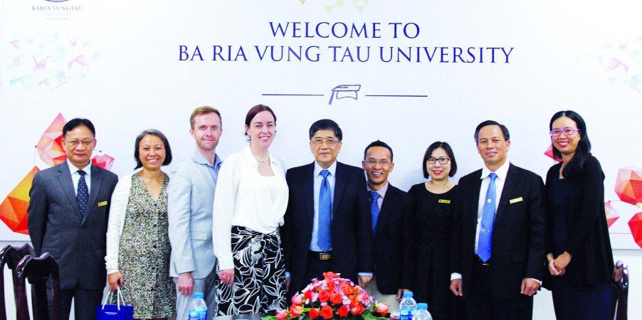 bvu lsq uc BVU làm việc với Tổng Lãnh sự quán Úc tại TP.HCM