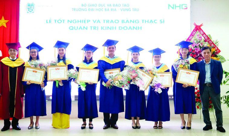 bvu tot nghiep 1 BVU có thêm 27 tân Thạc sĩ ngành Quản trị kinh doanh