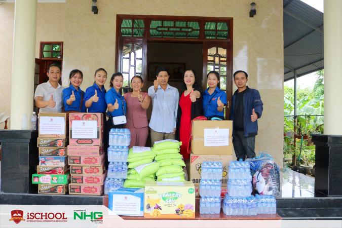 5 1 iSchool Quảng Trị chung tay cùng người dân vượt khó mùa mưa lũ