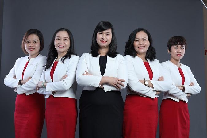 SGA Nữ lãnh đạo và giáo viên SGA: Những người truyền lửa thầm lặng