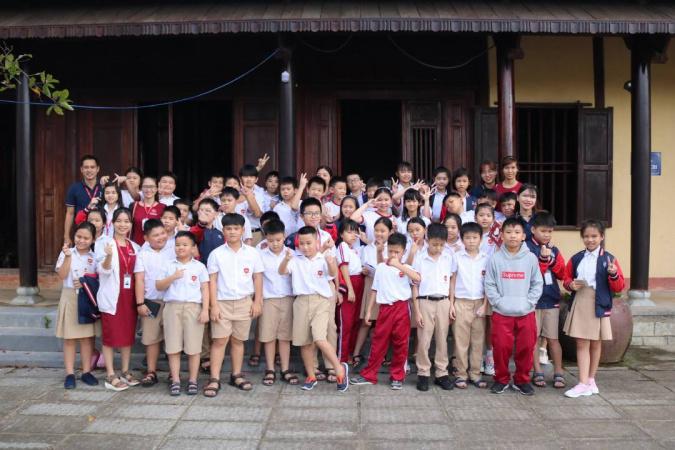 Giao duc lich su tai IEC Quang Ngai 2