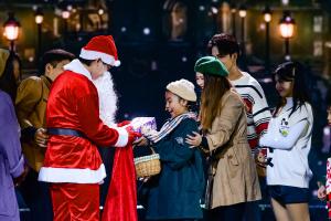 """DSC 3710 Quà tặng Giáng sinh 2020: Mang """"ánh sáng tình yêu"""" sưởi ấm triệu trái tim"""