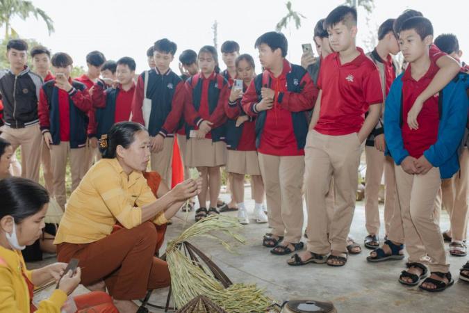 ischool quang tri voi du an non la yeu thuong