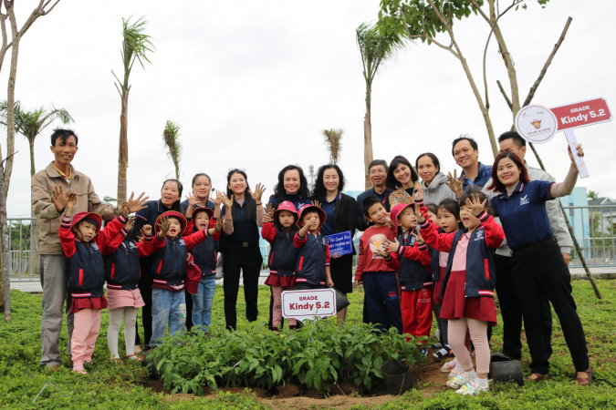 2 Thành phố Giáo dục Quốc tế - IEC Quảng Ngãi tổ chức thành công Tết trồng cây