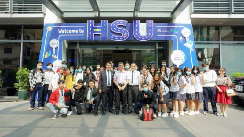 Campus Tour cua HSU