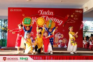 Mung xuan 2021 tai iSchool Quang Tri