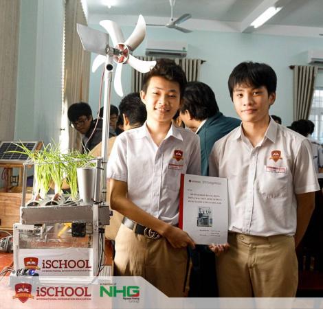 iSChool Ninh Thuan dat giai nhat trong cuoc thi khoa hoc ky thuat
