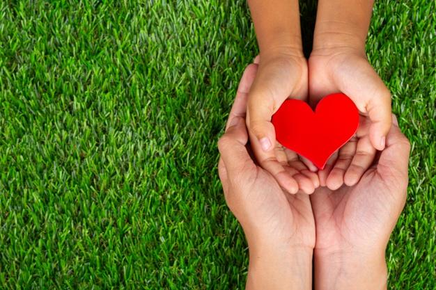 Tình yêu là yếu tố tiên quyết tạo nên con người nhân bản